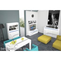 Complete woonkamer ,  complete eetkamer  LISSE