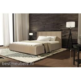 Bed COSSENA 140 x 200 cm